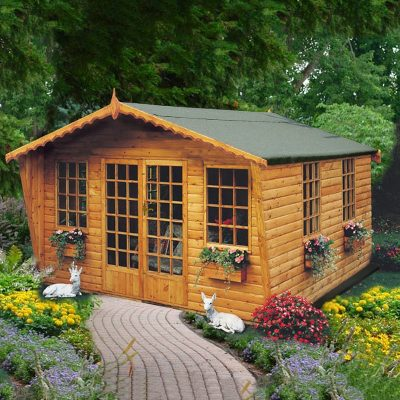 Beaulieu Summer House 10 x 8