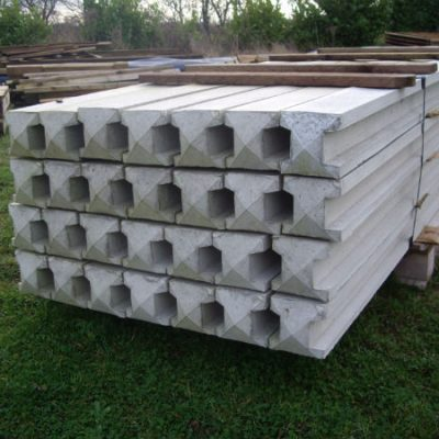 9ft concrete inter slotted Fence Post